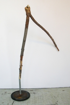 Le funambule (2011) (140 x 112 x 76 cm)