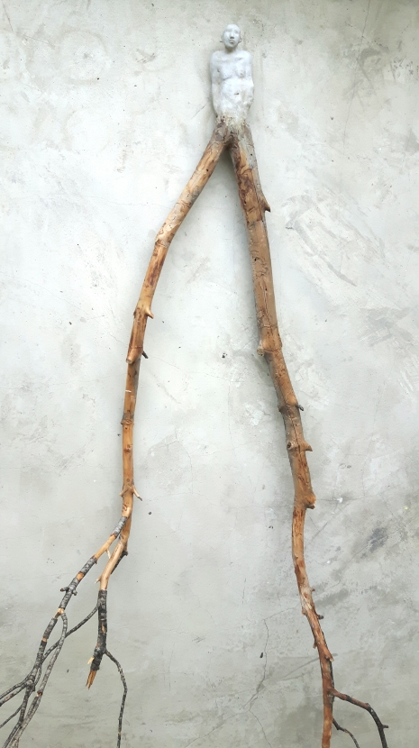 Éthéré no 1 (2017) (150 x 38 x 25 cm)