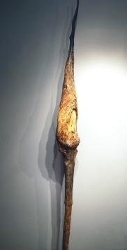 La voie intérieure (2015) (222 x 41 x 41 cm)
