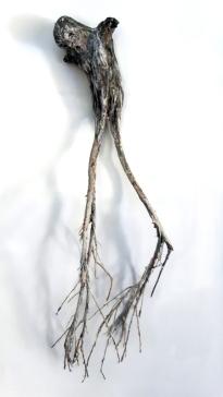 Âme-oiseau no 2 (2017) (47 x 13 x 8 cm)